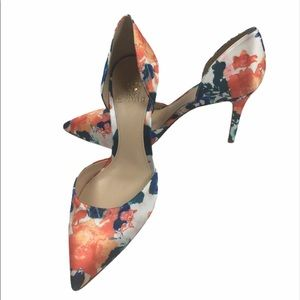 Vince Camuto floral baletts heels. Leather soles.